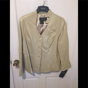 Gold leather jacket NWT 18P
